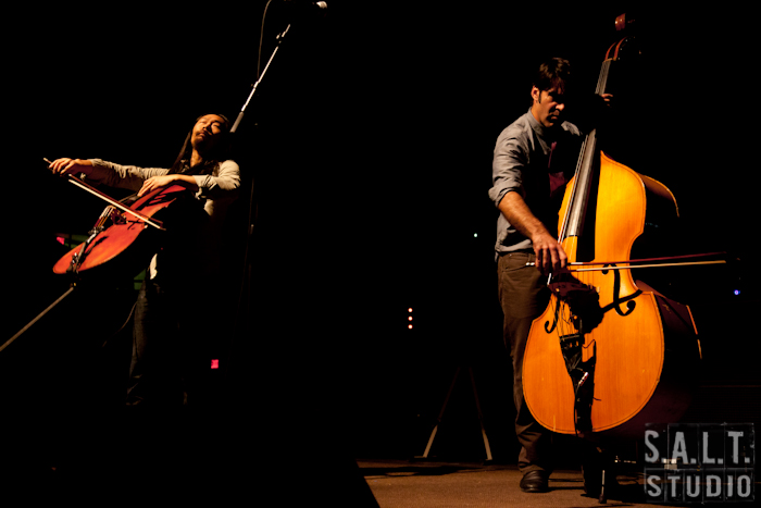 Avett Brothers live music photography copyright Kelly Starbuck for SALT Studio Photography, Wilmington, NC.